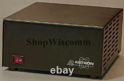 Astron SS-30 30 Amp Switching Power Supply 25 Amp Continuous 30 Amp ICS 13.8 VDC