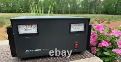 Alimentation D'astron Rs-50m 12 Volt DC 50 Amp Avec Cordon D'alimentation Et Boîte Astron