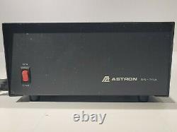 Astron Rs-35a 35 Amp DC Alimentation 13.8vdc Travail
