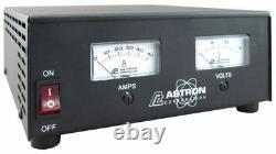 Astron Rs-50m 50 Amp Regulated DC Alimentation Électrique Avec Compteurs