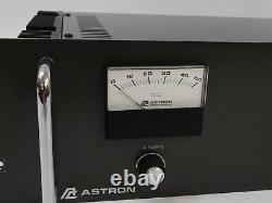 Astron Vrm-50m Rack-mount Alimentation Réglable 50 Amp (travaille Très Bien)